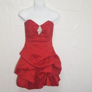 Strapless red homecoming/prom dress